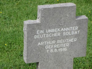 IMG_000germanwargraves7
